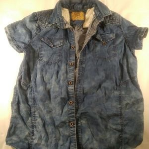Brooklyn laundry size small button front